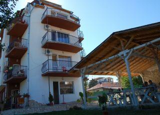 Семеен хотел Лозенец